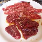 焼肉べこ六 - 料理写真:カルビ&ハラミ