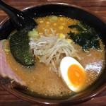 ながとも - 料理写真:味噌ラーメン¥700