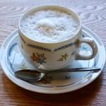 喫茶トラカイ - ジンジャーミルク