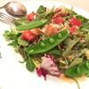 トラットリア ルナピエナ - 料理写真:サラダ ¥680 彩・盛付けが美しい。食欲を唆る。新鮮。味も◎ お豆、こんな風に盛付けるんだ…洒落てる。