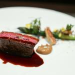 レストラン ラ・フロレゾン・ドゥ・タケウチ - LE FILET DE BEUF 北海道産十勝牛フィレのロースト 春野菜とエシャロットピューレを添えて ソースボルドレーズ☆