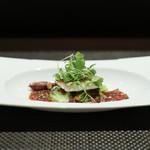 レストラン ラ・フロレゾン・ドゥ・タケウチ - L'AINAME 宮城県産アイナメのポワレ 春キャベツと共に バイヨンヌ産生ハムのブイヨンとフルーツトマトのソースで☆