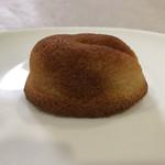 寿製菓 - 白うさぎフィナンシェ 小ぶりで食べやすい大きさ