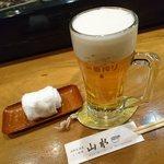 海鮮居酒屋山水 - 生ビールです
