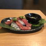 焼肉 鉢屋 - A5ランクの炙り寿司