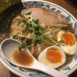 107538736 - 魚薫ラーメン 麺大盛+味玉