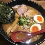 107538739 - 軟骨ラーメン 麺大盛+味玉