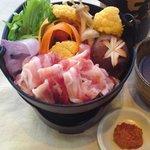 小湘亭 - 人気の【生姜鍋】はお一人様の小サイズからご用意できます。