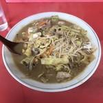 九州ラーメン 六五六 - 料理写真:正式メニュー名はわかりませんが、メニューはこのちゃんぽんのみです。