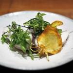 傳 - 鰆の焼物 山菜などの春野菜添え