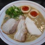 107553400 - 鶏白湯+味玉