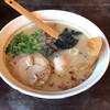 鶏そばや 竜神洞 - 料理写真:煮卵入り 稲庭中華そば 860円