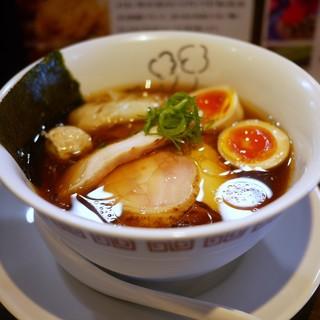 らーめん 鶏喰 - 料理写真:特製 鶏の醤油らーめん