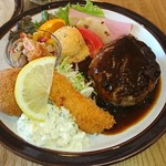 まるさか洋食堂 - 料理写真: