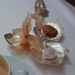 ラ・トゥーエル - 茶菓子