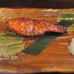 107566950 - 「厚切り紅鮭」(800円)