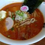 じゅんちゃんラーメン - 辛みそニンニクバター830円
