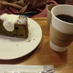 10757164 - 抹茶、小倉のホワイトショコラのカントリーケーキ+コーヒー