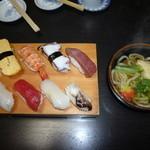 10757905 - お寿司のランチ
