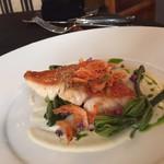 レストラン アロム - 金目鯛のベシャメルソース