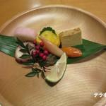 由布院 玉の湯 - 料理写真:旬の山菜等の盛り合わせ