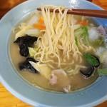 ニュー 菜苑 - タンメンも優しい味!