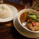 107597254 - チキン野菜スープカレー 1200円