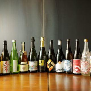 オールスペイン産のワインと全国から取り寄せたこだわりの日本酒
