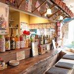 侍ちゃんぷる - 沖縄を感じれる自慢の店内