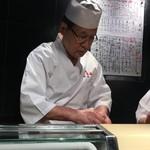 "第三春美鮨 - ""新橋の怪人"""