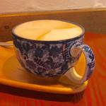 Kanda Coffee - 小岩井 Cafe au lait 340円