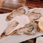 牡蠣ひよっこ商店 - 焼き牡蠣