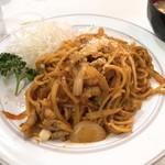 キッチン マロ - ランチナポリタン750円