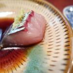 大海寿司 - 関サバカットが細かい