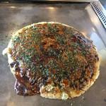 林屋 - 料理写真:豚玉のお好み焼き