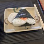 107627252 - おにぎり(鮭) 120円