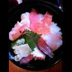 10763097 - 海鮮丼