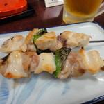 寿恵川 - 焼き鳥 塩(2本) 420円
