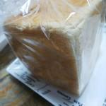 107630954 - 食パン  ♪180円♪