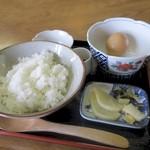 三峰お犬茶屋 山麓亭 - 限定30食 卵かけごはん 500円