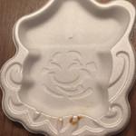 107639938 - プラスチックの皿はビリケンさん!大阪から紙製に変えよう!!