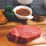 木こり家 - 料理写真:熟成黒毛和牛シャトーブリアン