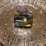 アコンプリ - 契約農家の野菜のテリーヌ イサキのカルパッチョ