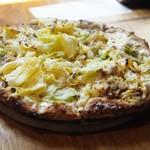 ドンブラボー - 春キャベツとアンチョビのピッツァ