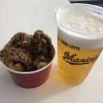 アジアンキッチン MIHAMA亭 - イカゲソからあげと生ビール