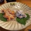 ぬる燗 - 料理写真:蝦蛄刺し(750円)、赤貝刺し(650円)
