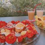 107653794 - お花のフレンチトースト