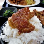 らーめん食堂 正味 - 「焼肉定食(倍盛)」焼肉をご飯にのせて