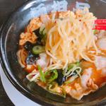 麺担品 - 四川旨辛担々麺 激辛山椒 854円