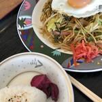 レストラン喫茶 ふじ - 料理写真:焼きそば 800円